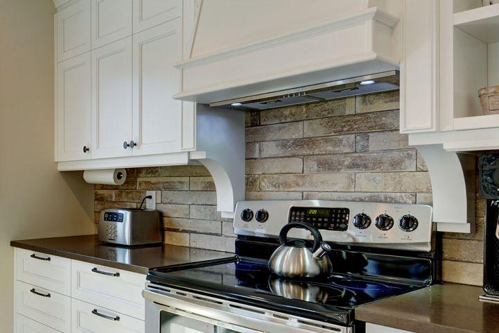 la cration de vos designs et dans vos choix de dcoration nous fabriquons et installons vos amnagements avec griffe cuisine vous avez accs des